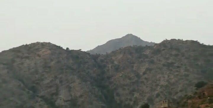 Army forces regain control of key mountain north of Lahjj province