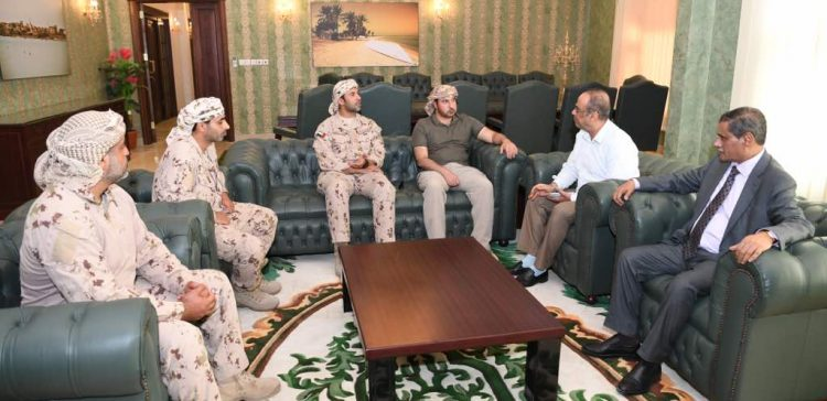 Interior Minister discusses with UAE commanders security issues