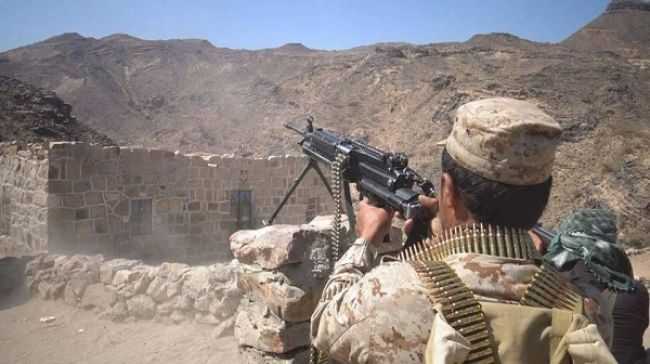 Houthi militia suffered major losses by army artillery southeast Taiz