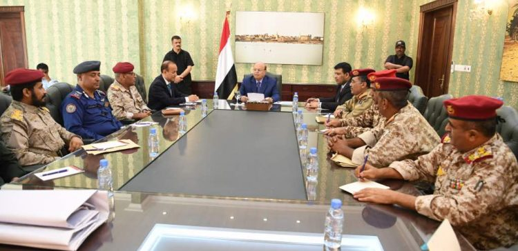 President highlights integrating efforts for liberating Taiz from rebel militia
