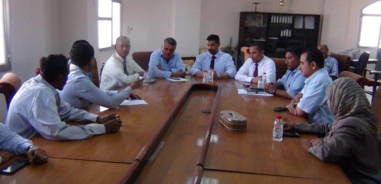 Aden Governor directs quick resumption of Sea-Bridge Road