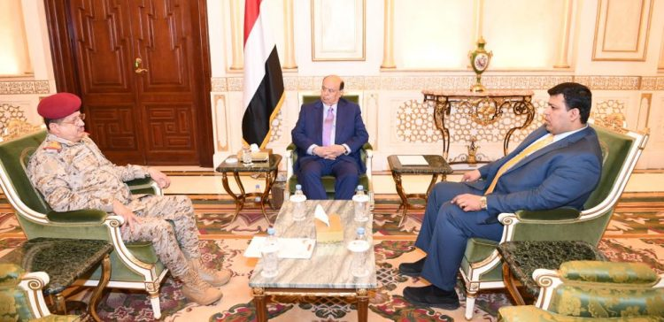 President Hadi confirms re-building the national army professionally