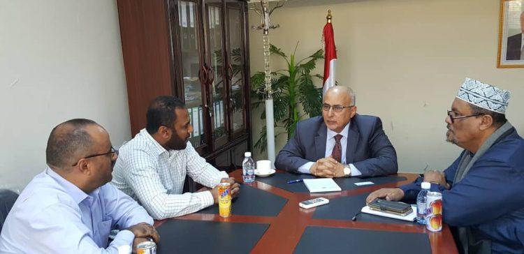 Fatah, Yemeni-Kuwaiti Relief Commission discuss relief , development projects