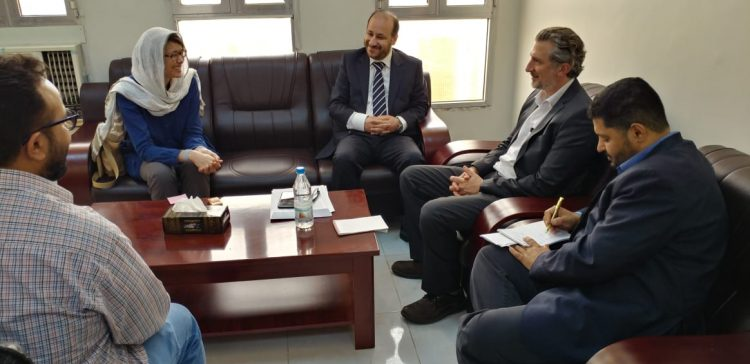 Minister of Planning meets with Director of MSF, OCHA office