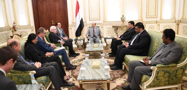 President Hadi receives UN's envoy, urges prioritizing task