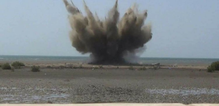 Three civilians killed by Houthi-laid explosives in Hodeidah