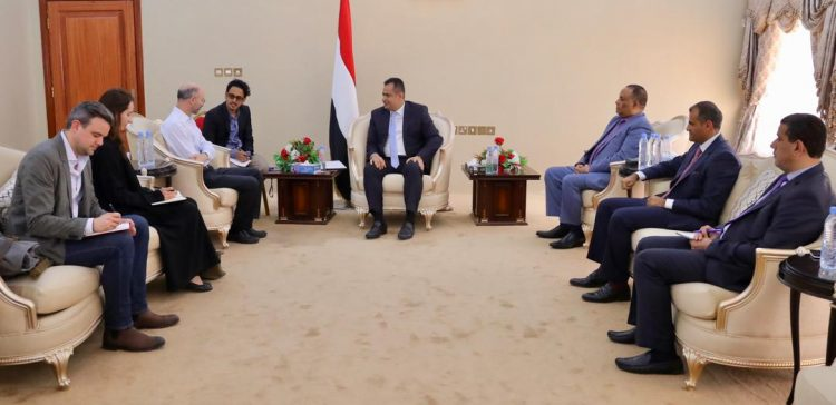 PM receives President of Int. Crisis Group in Aden