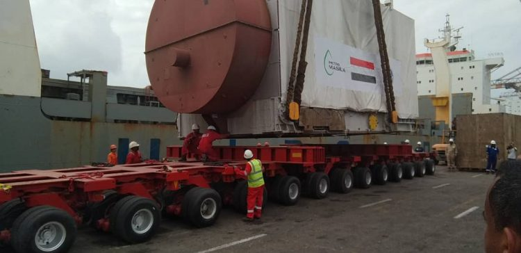 Ministry of Electricity receives equipments of Aden Electricity Station