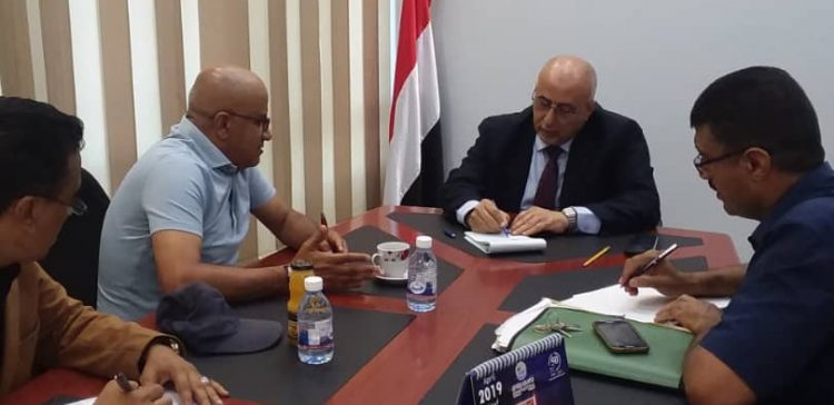 Minister Fatah meets UNDP official in Aden