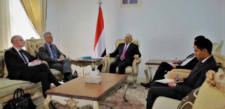 FM, Swedish Envoy to Yemen discuss developments on implementing Stockholm Agreement