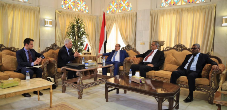 Parliament leadership meets with Russian Ambassador to Yemen