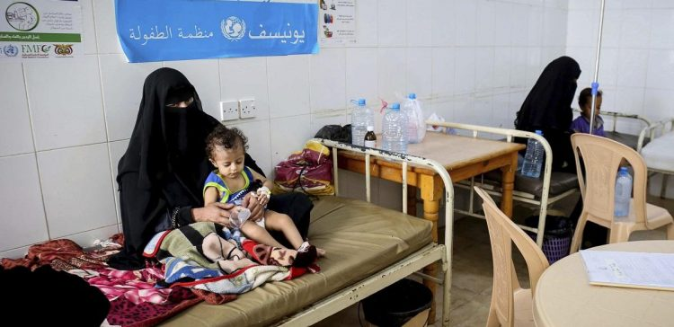 AP report reveals Houthis blocked shipment of cholera vaccines for almost a year