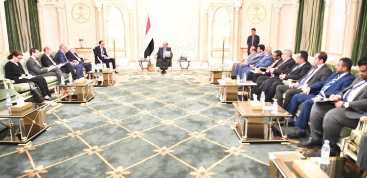 President Hadi stresses more pressure on Houthi militia to enforce Stockholm Agreement