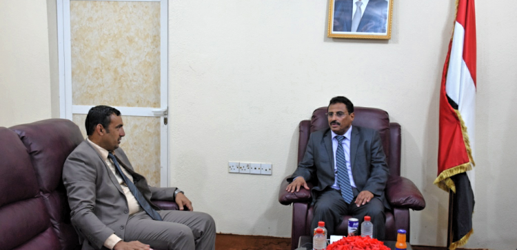Transport Minister meets with Governor of Socotra