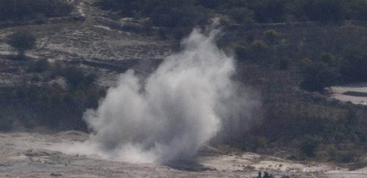 Five civilians killed, injured in Houthi-laid explosive device