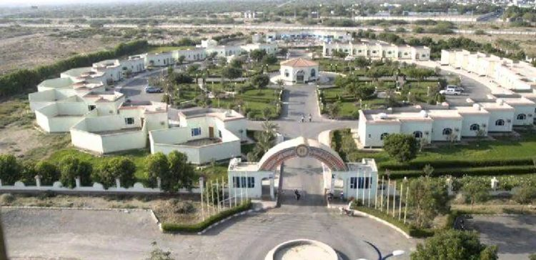 Hundreds of new tourist facilities given work permits in Marib