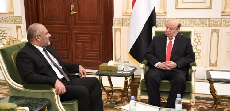 President Hadi appreciates Hadhramout people's support to state and federalism