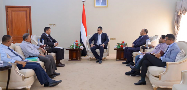 PM, Aden Governor discuss urgent plan to renormalize situations in Aden