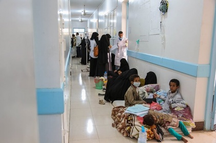 Houthi militia deprives locals of healthcare in Sana'a