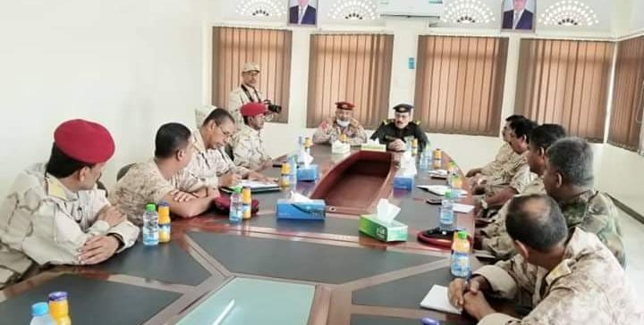 Meeting discusses reinforcing coordination between military & security units in Hadramout