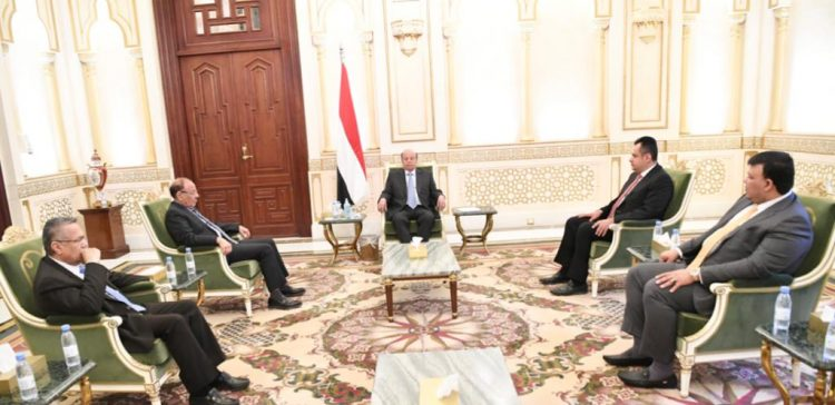 President Hadi holds high-profile session