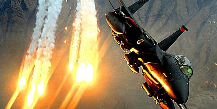 Sana'a..clashes continue in Nihm front amid airstrikes on militia's sites