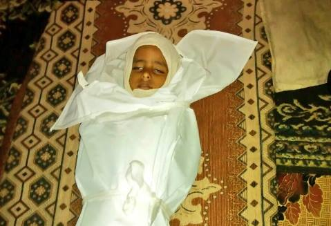 New woman, little child gunned down by snipers of Houthi-Saleh militias in Taiz