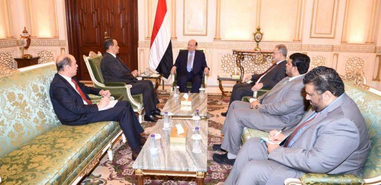 President Hadi receives UN's envoy to Yemen