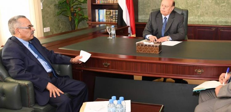 President Hadi stresses the importance of bolstering local resistance in Tehama province