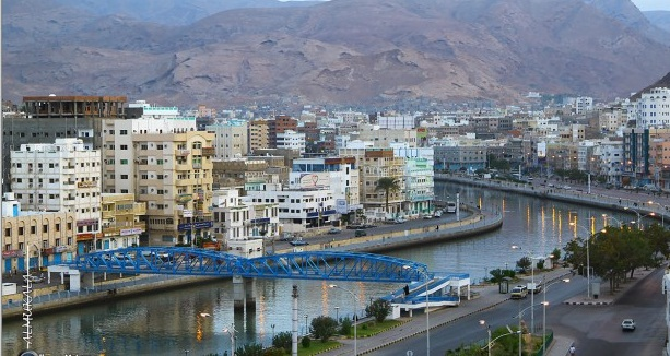 Al-Bahsani inspects WB's projects in Mukalla