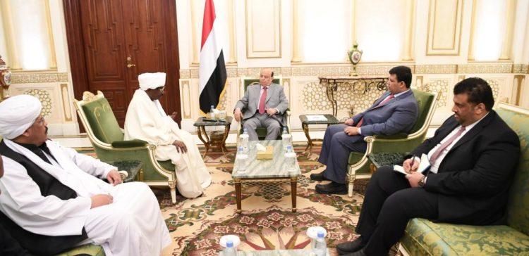 President Hadi receives Sudanese Ambassador to Yemen to bid farewell