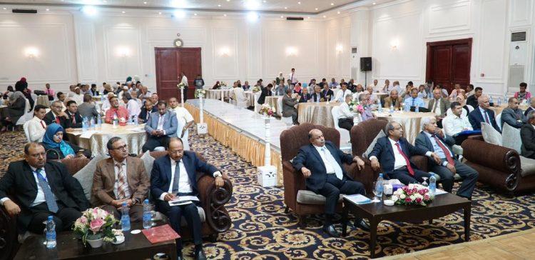Al-Khanbashi urges more workshops about higher education