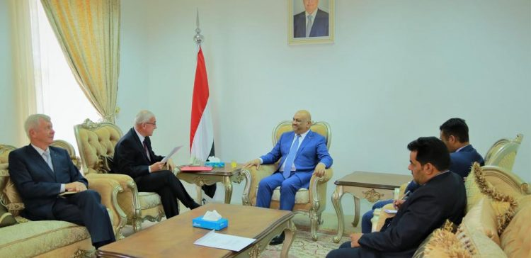 FM receives credentials of Ambassador of Czech Republic