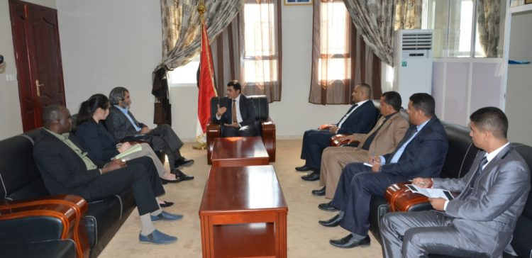 Arroaini calls on IC to pressure Houthi militia to carry out international resolutions