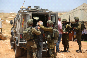 Israeli soldiers attack two students near Ramallah