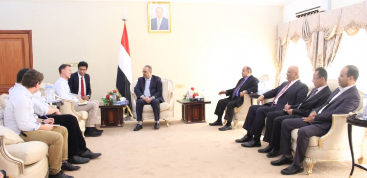 Dep. Prime Ministers meet UK Foreign Minister in Aden