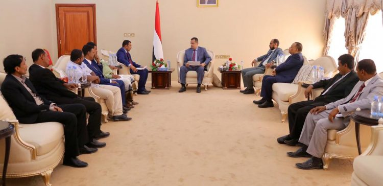 Prime Minister confirms implementation service, development projects in Socotra