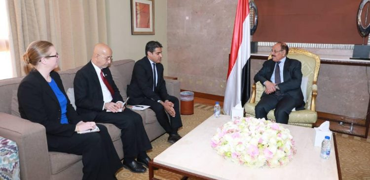 VP meets US embassy 's Charged Affairs in Yemen