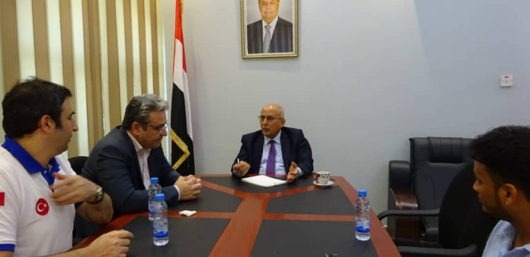 Fatah, Turkish AFAD discuss relief and development projects