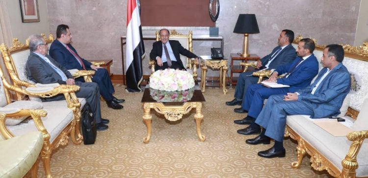 Vice President follows up on government's efforts to develop liberated areas